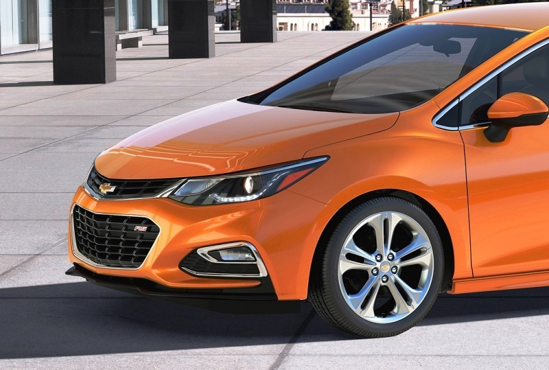 2017 Chevrolet CRUZE Hatch 1