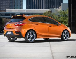 2017 Chevrolet CRUZE HATCH Reveals Unique 5-Door Design, Massive Trunk Ahead of Fall Arrival
