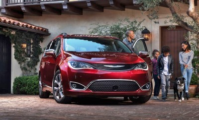 2017 Chrysler PACIFICA 12