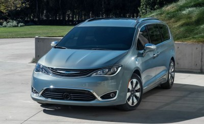 2017 Chrysler PACIFICA 22