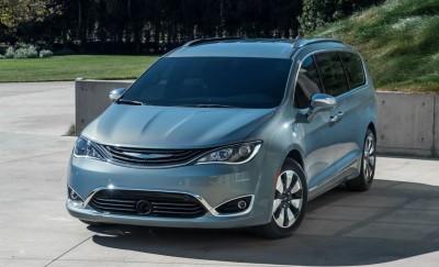 2017 Chrysler PACIFICA 22