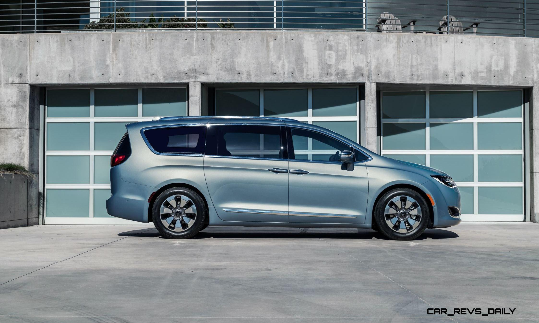 2017 chrysler pacifica is all new minivan phev hybrid luxury and tech to leapfrog sienna. Black Bedroom Furniture Sets. Home Design Ideas