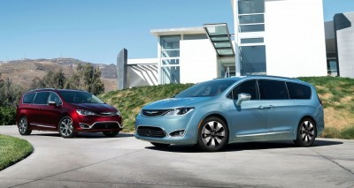 2017 Chrysler PACIFICA 46
