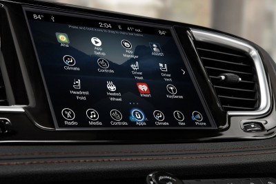 2017 Chrysler PACIFICA Interior Photos 25