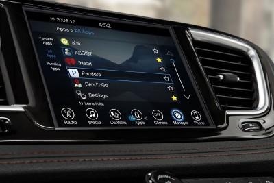 2017 Chrysler PACIFICA Interior Photos 30