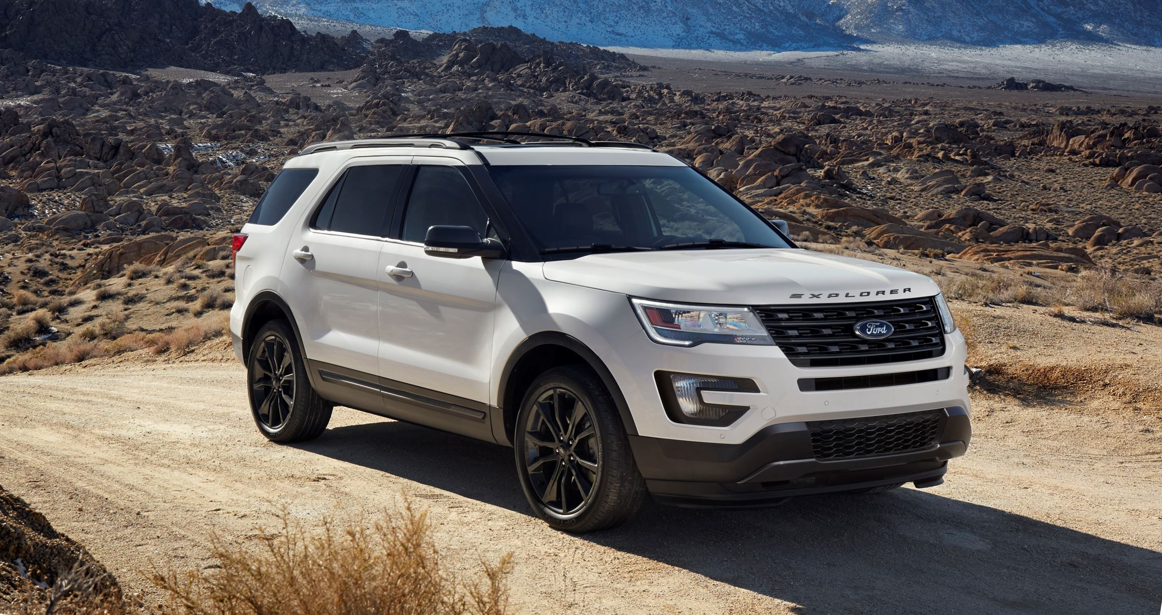 2017 ford explorer xlt sport pack 10