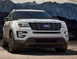 2017 Ford Explorer XLT Sport Pack Is High-Impact Styling Upgrade with Blacked-Out Trims, New LED Fogs!