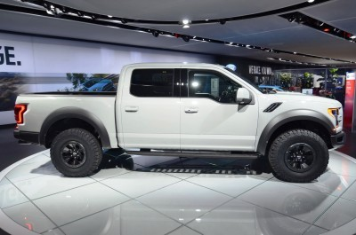2017 Ford F-150 RAPTOR Supercrew 12