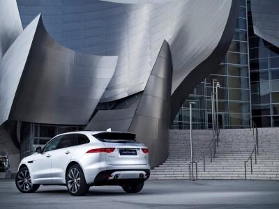 2017 Jaguar F-PACE V6S Silver Disney Center LA 12