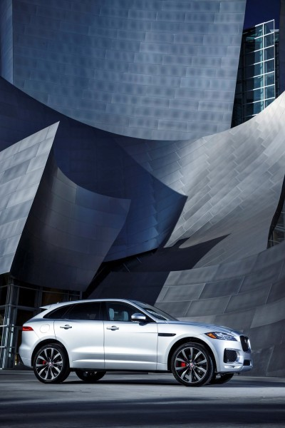 2017 Jaguar F-PACE V6S Silver Disney Center LA 15