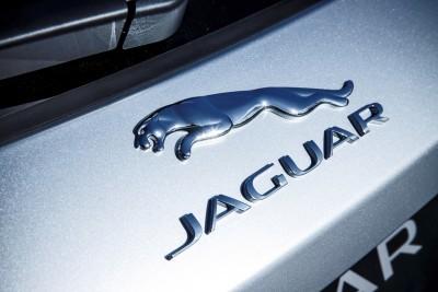 2017 Jaguar F-PACE V6S Silver Disney Center LA 27