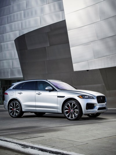 2017 Jaguar F-PACE V6S Silver Disney Center LA 9