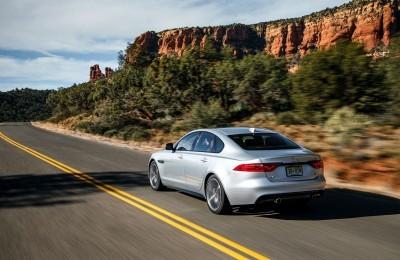 2017 Jaguar XF-S V6 - USA Media Drive 25