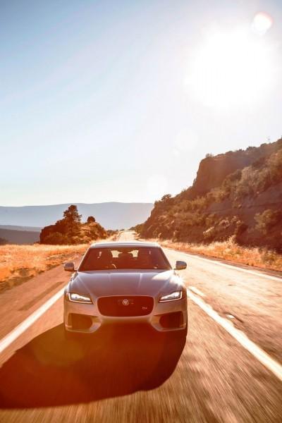 2017 Jaguar XF-S V6 - USA Media Drive 28