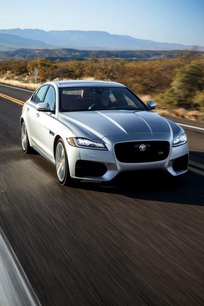 2017 Jaguar XF-S V6 - USA Media Drive 38