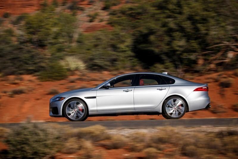 2017 Jaguar XF-S V6 - USA Media Drive 56