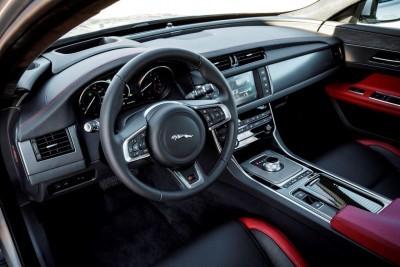 2017 Jaguar XF-S V6 - USA Media Drive 64