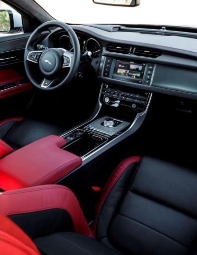 2017 Jaguar XF-S V6 - USA Media Drive 65