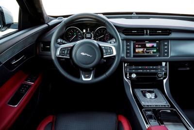 2017 Jaguar XF-S V6 - USA Media Drive 67