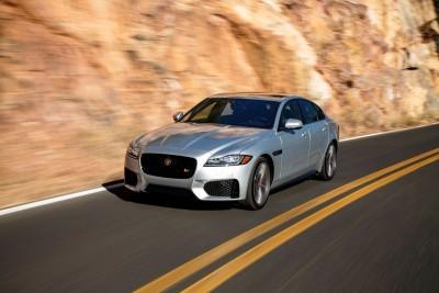 2017 Jaguar XF-S V6 - USA Media Drive 8