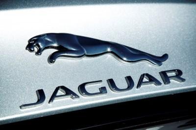 2017 Jaguar XF-S V6 - USA Media Drive 80