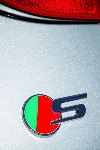 2017 Jaguar XF-S V6 - USA Media Drive 81