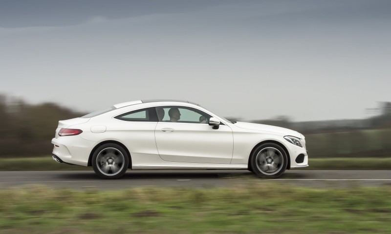 2017 Mercedes-Benz C-Class Coupe 31