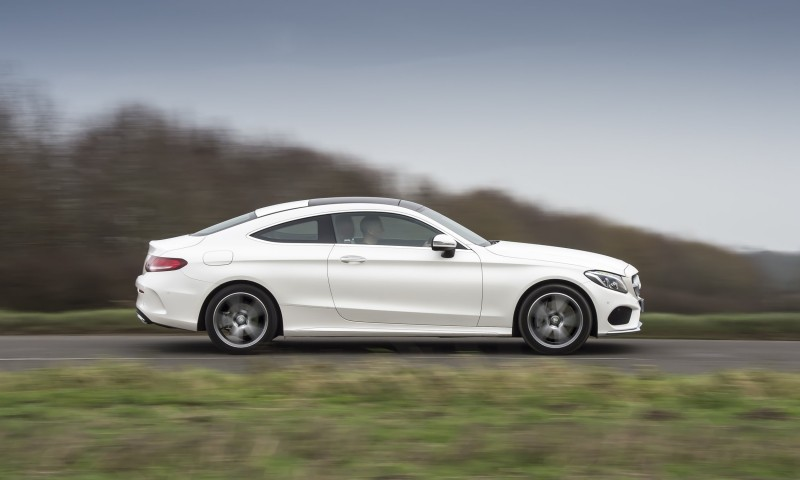 2017 Mercedes-Benz C-Class Coupe 33