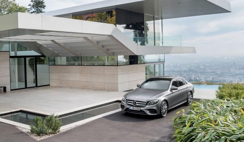 2017 Mercedes-Benz E-Class 12