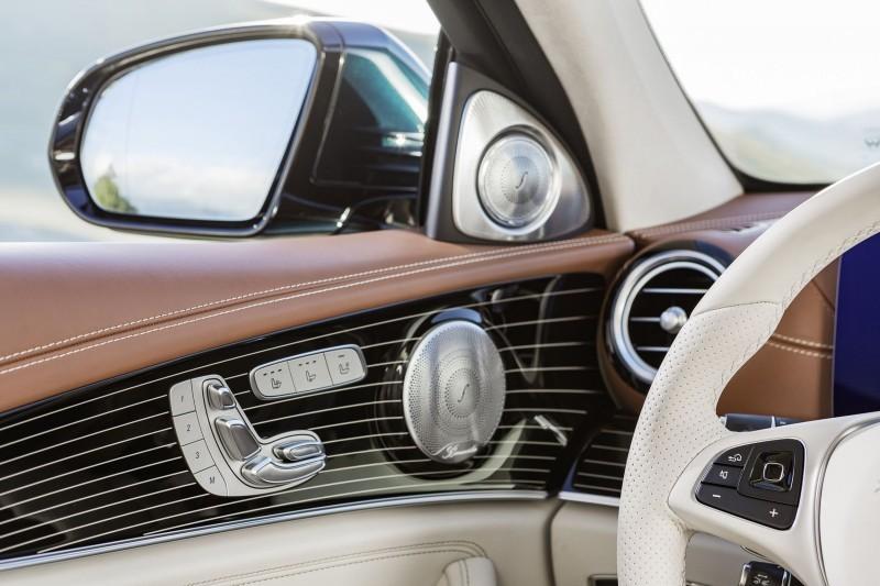Interieur sattelbraun/macciato Interior saddle brown/macciato