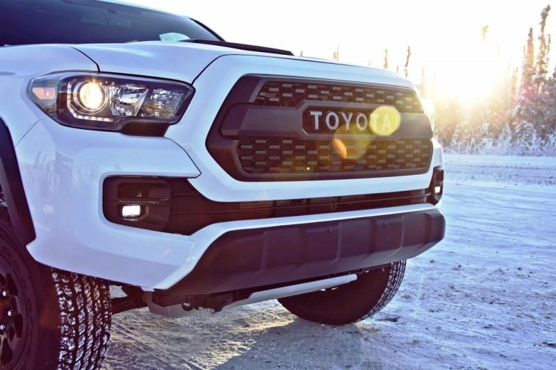 2017 Toyota Tacoma TRD Pro 39 copy