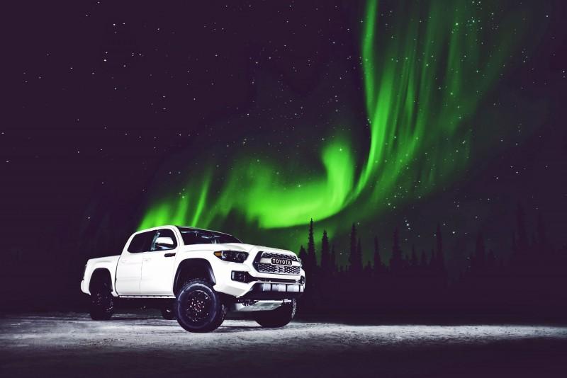 2017 Toyota Tacoma TRD Pro 6 copy