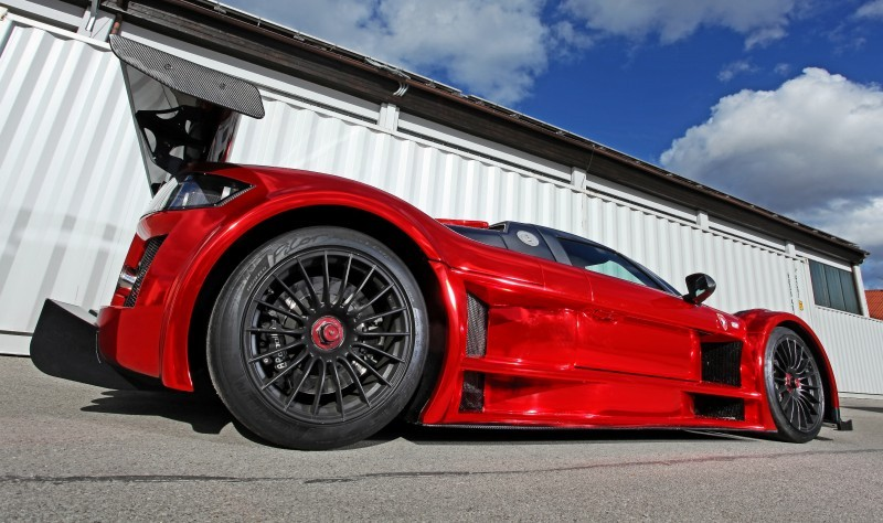 2M Designs GUMPERT APOLLO S 7