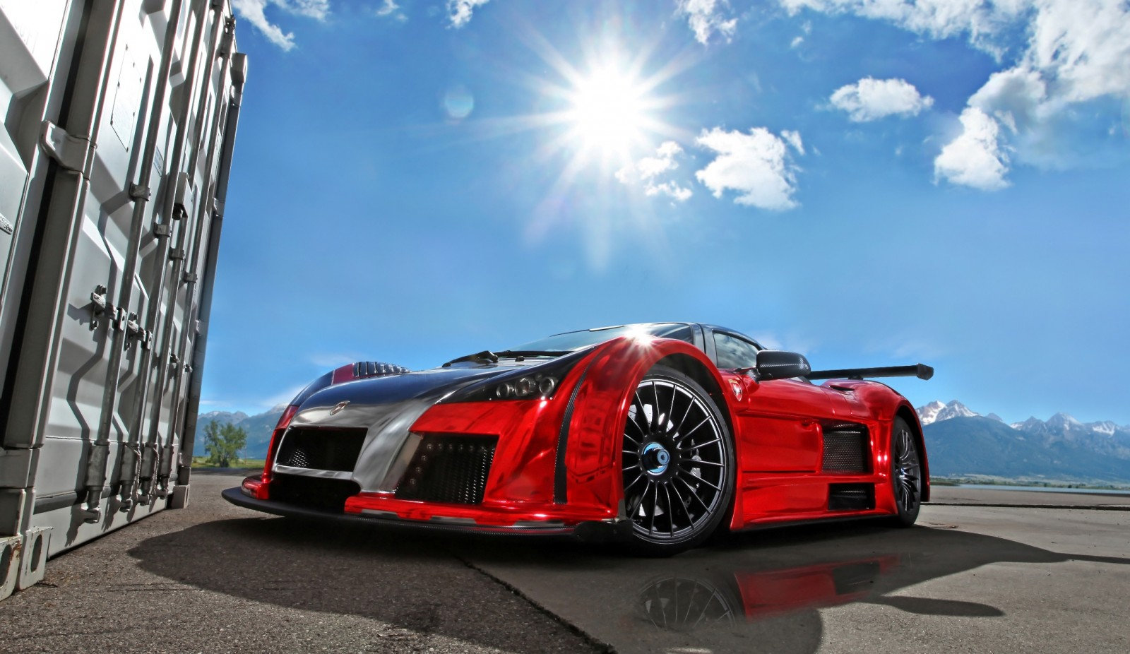 2M Designs GUMPERT APOLLO S 8
