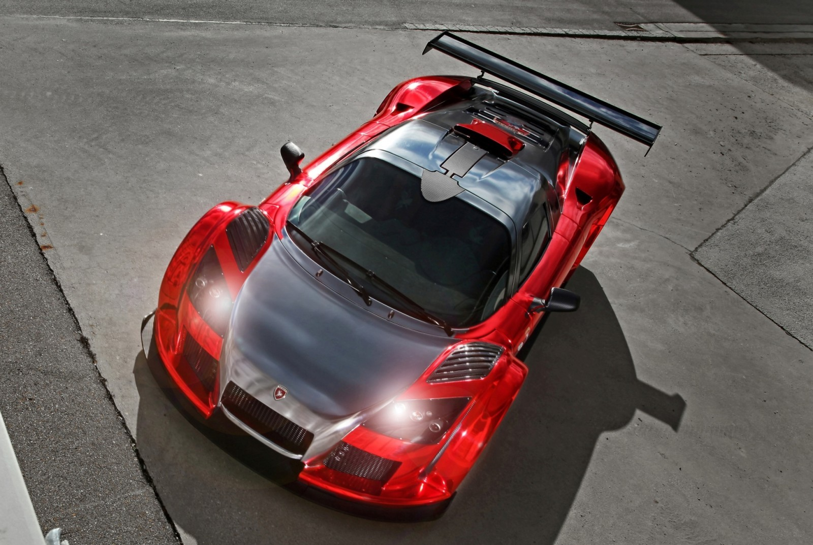 2M Designs GUMPERT APOLLO S 9