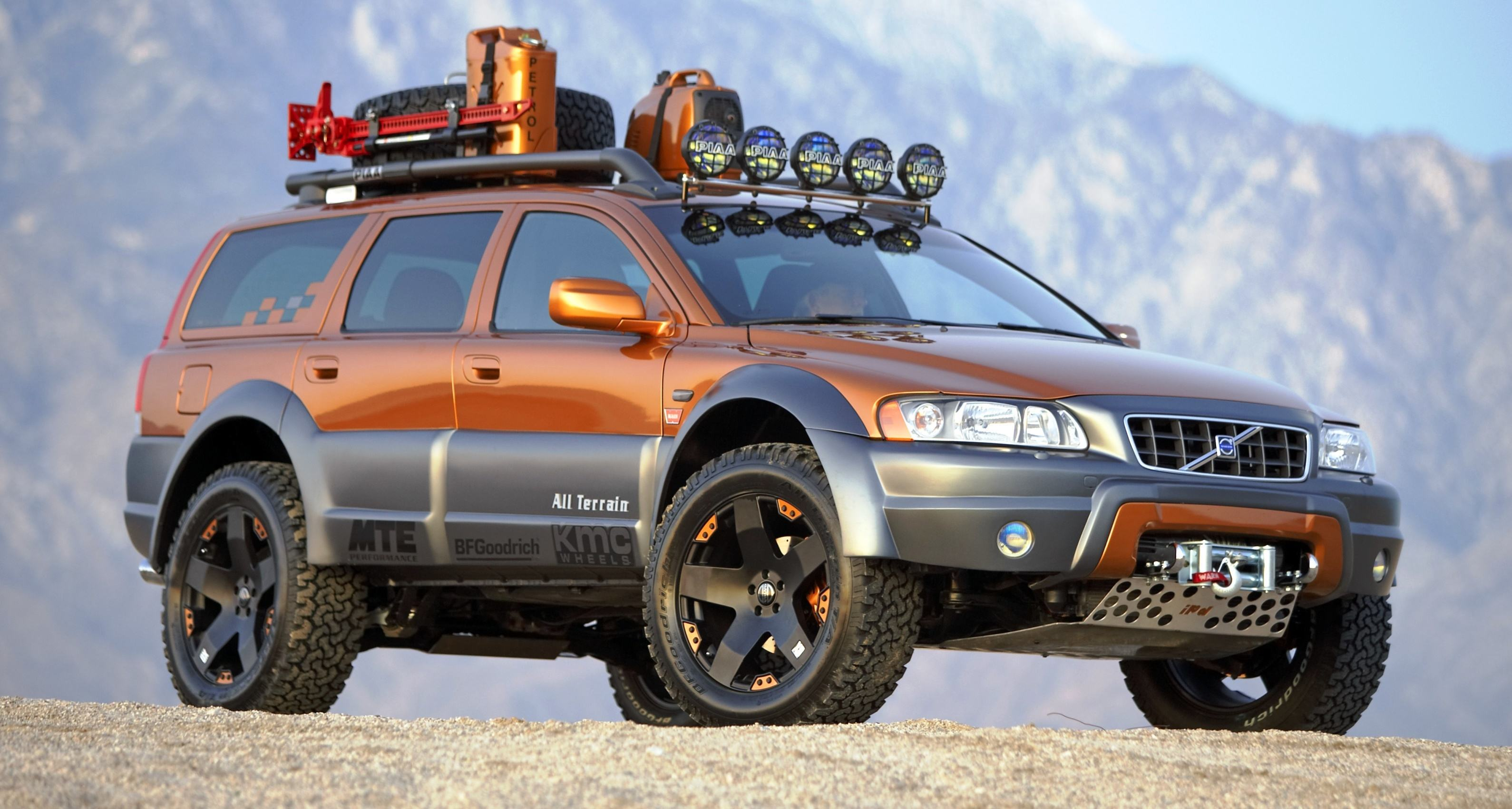 Concept Flashback - 2005 Volvo XC70 AllTerrain and 2007 XC70 SurfRescue are California Surf'n ...