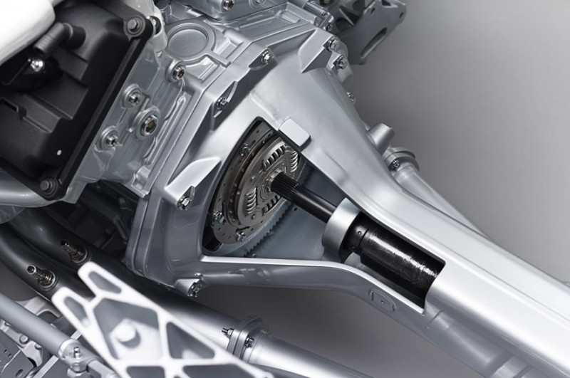 4.2s, 200-MPH 2015 Aston Martin RAPIDE S Also Nabs New Dampers, Torque-Tube and 8-Speed ZF Transaxle 15