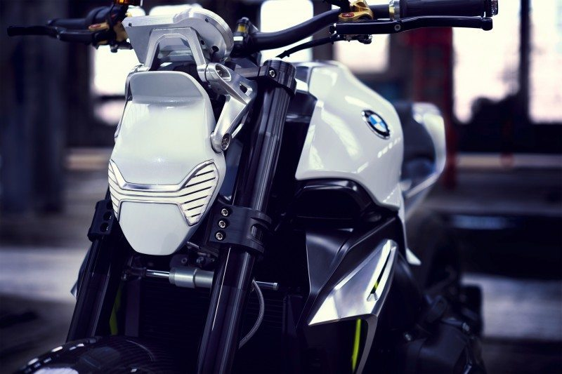 BMW Motorrad - Concept Roadster is Boxer Basics Motorcycle for Lake Cuomo 11