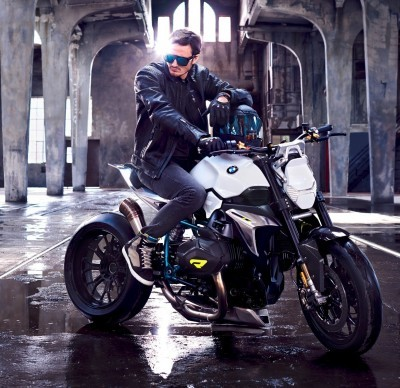 BMW Motorrad - Concept Roadster is Boxer Basics Motorcycle for Lake Cuomo 23