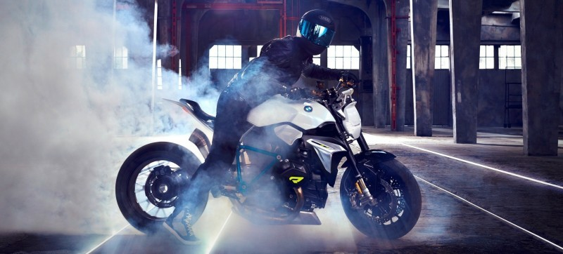 BMW Motorrad - Concept Roadster is Boxer Basics Motorcycle for Lake Cuomo 8