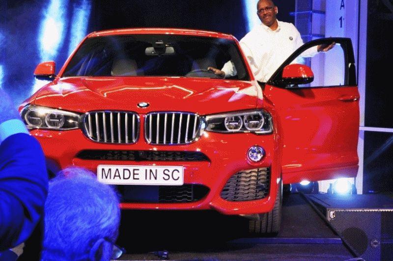 BMW X4 Factory 11 GIF header