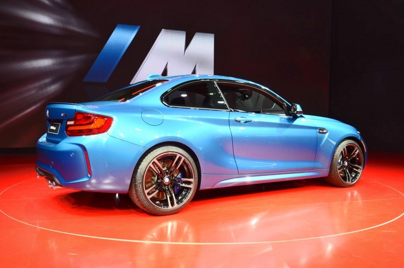 BMWM2coupe4