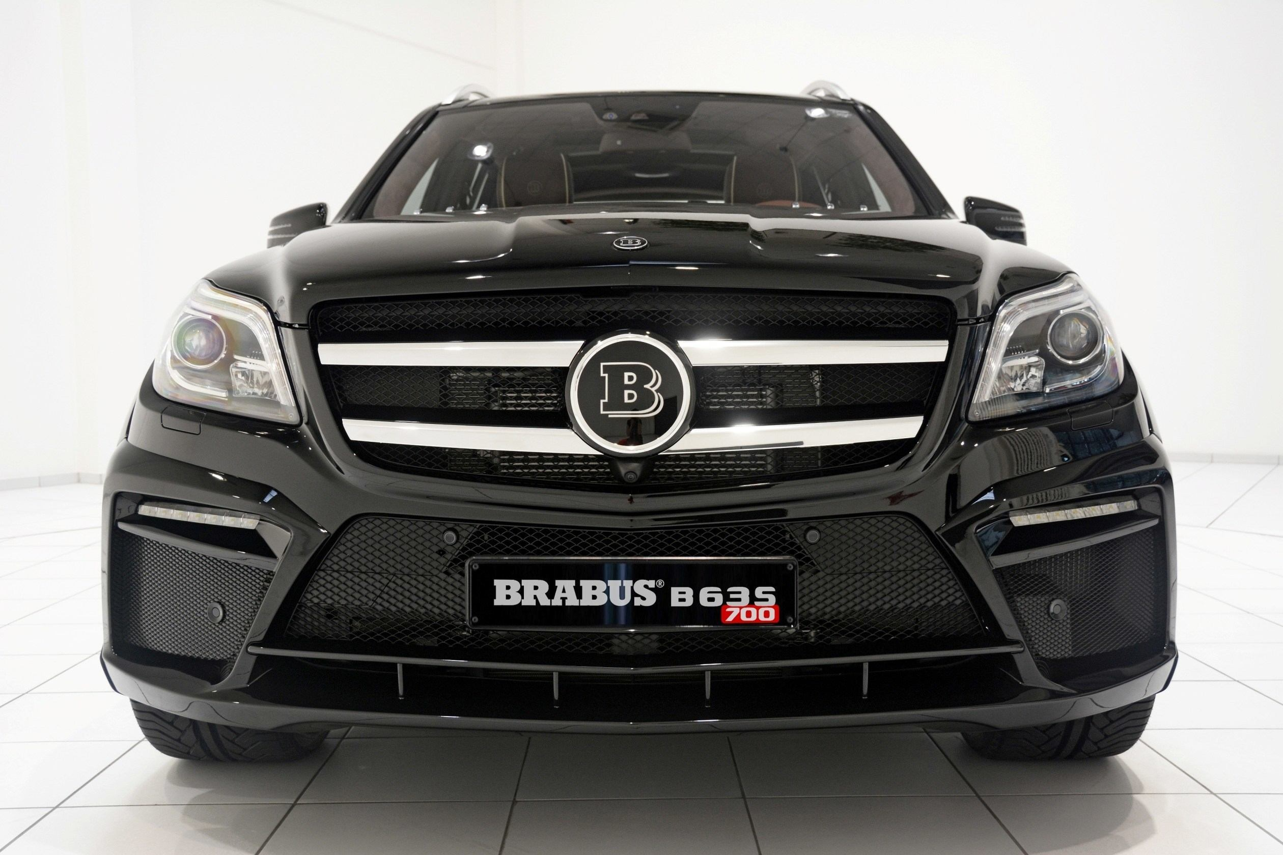 186mph 7 seat suv brabus b63s 700 widestar for mercedes for Mercedes benz classes list