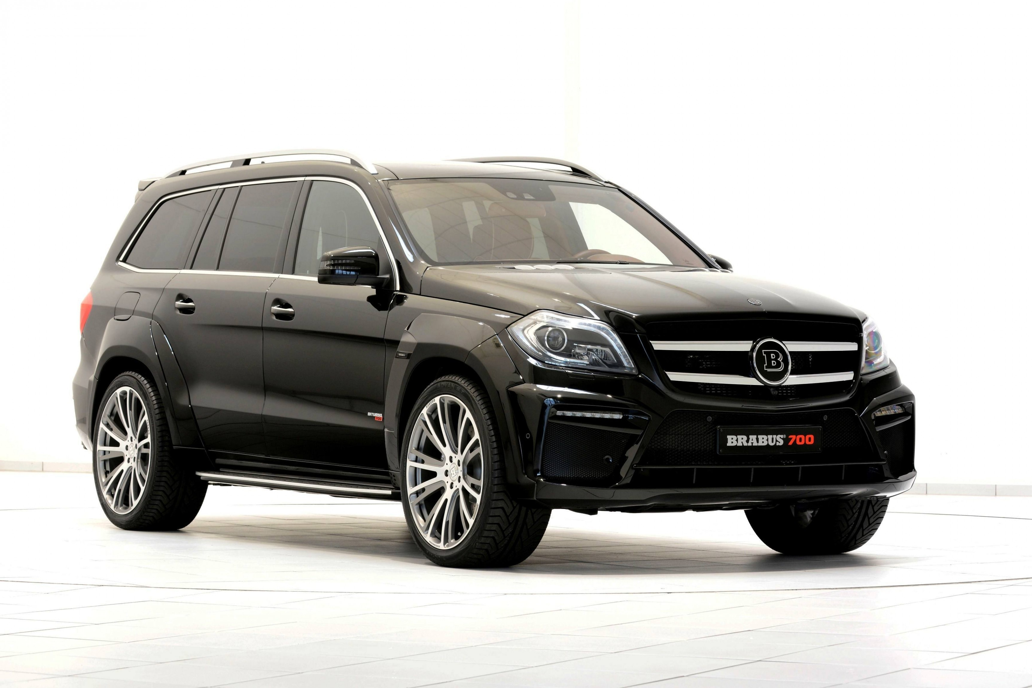 186mph 7 seat suv brabus b63s 700 widestar for mercedes benz gl class. Black Bedroom Furniture Sets. Home Design Ideas