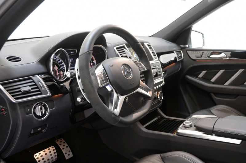 BRABUS Custom Interiors for the Mercedes-Benz ML-Class SUV 40