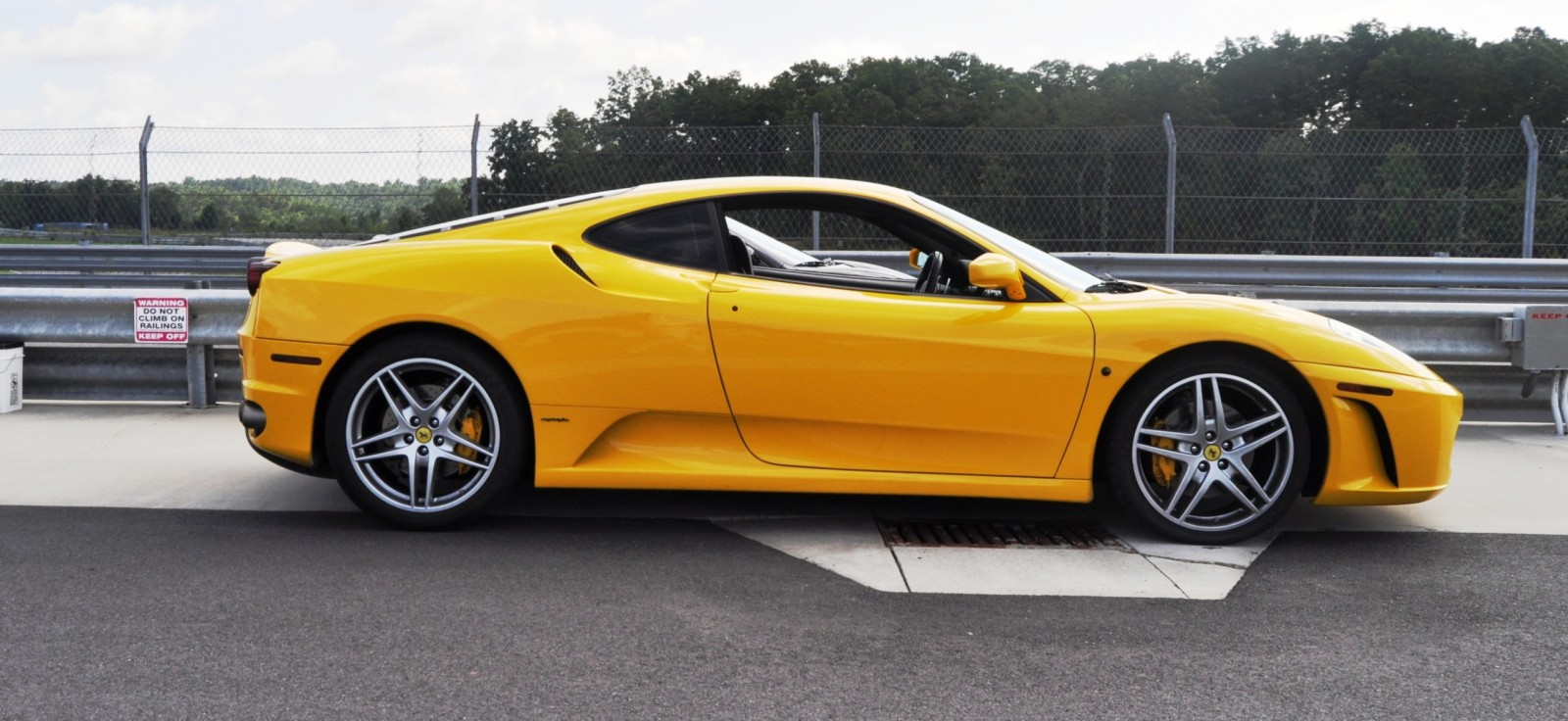 Beating the Supercar Paradox - 2007 Ferrari F430 at Velocity Motorsports Supercar Track Drive 3