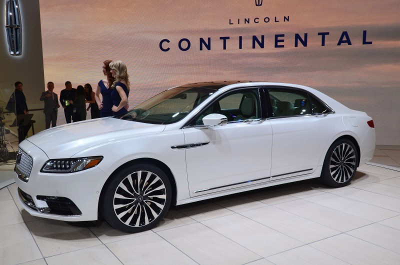 Best of NAIAS - 2017 Lincoln CONTINENTAL Limo 40
