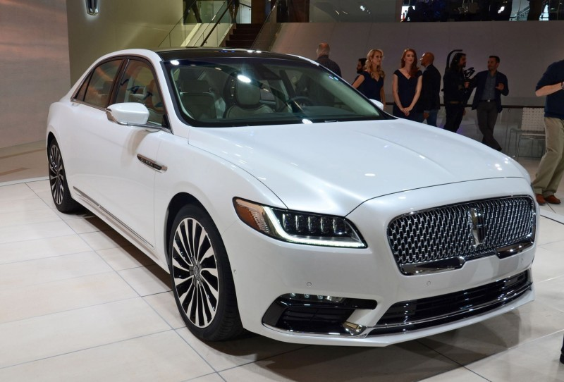 Best of NAIAS - 2017 Lincoln CONTINENTAL Limo 41