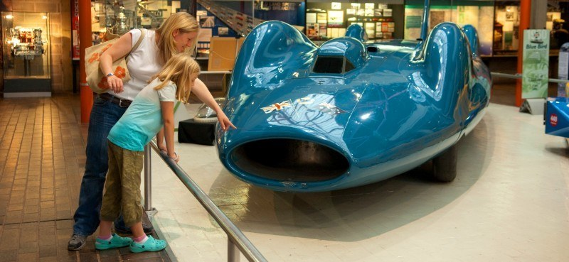 Bluebird V and Bluebird CN7 Reunited and Viewable by Public at Beaulieu National Motor Museum 16