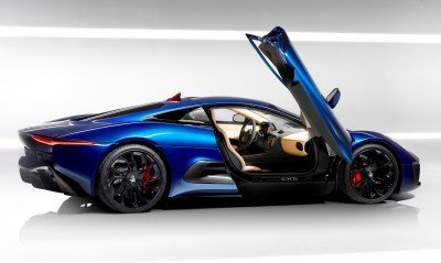 Canned Hypercar Debrief - 2010 JAGUAR C-X75 Is Too Sexy For Its Turbines 33